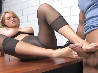 オフィスの先生が育った狂気のセックス, 一徹 av 動画