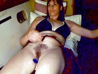 長い脚を持つ魅力的なガールフレンド、Celeste Sablich 女性 向け av 鈴木 一徹